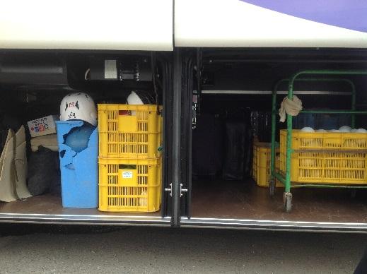 トランク容量 合宿バス