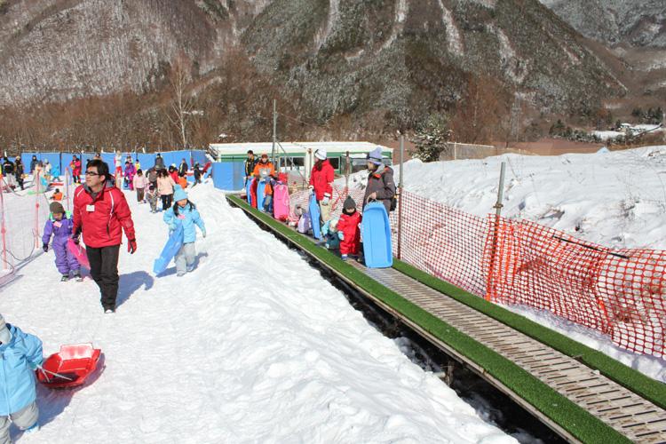 子供向け スキーツアー